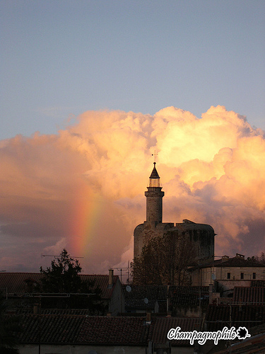 La tour de Constance - Somewhere over the rainbow par Champagnophile