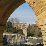 Sous une arche du Pont du Gard par mistinguette18 - Vers-Pont-du-Gard 30210 Gard Provence France