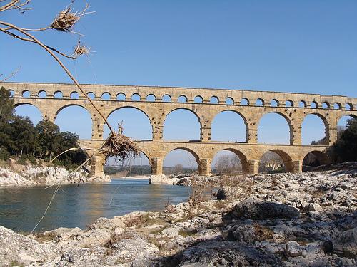 Le Pont du Gard et le Gardon  par salva1745