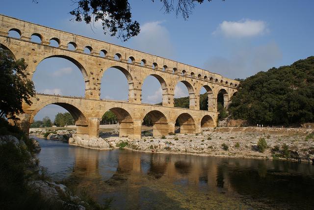 Le Pont du Gard (Gard - Vers-Pont-du-Gard) par CaputAethiopum