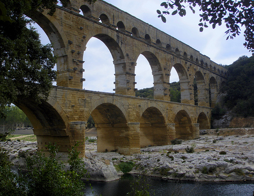 Le famous Pont du Gard :  massive and impressive by perseverando