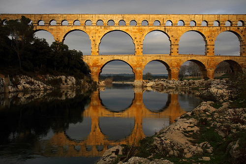 Pont du Gard en or by Boccalupo
