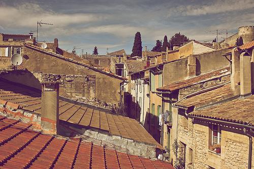Les toits de Villeneuve les Avignon par avz173