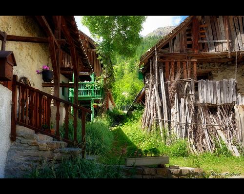 Chalets - Vallée de Fressinières par Alain Cachat