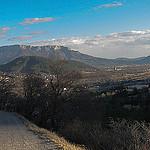 Serres et la vallee du Buech, France par CTfoto2013 - Serres 05700 Hautes-Alpes Provence France