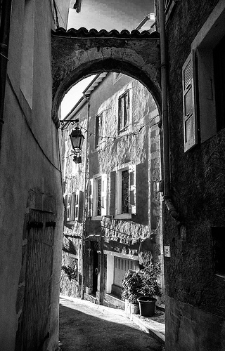 Façades dans le centre ville de Serres par CTfoto2013