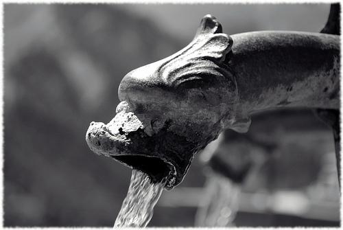 Fontaine à Saint-Véran par Alain Cachat