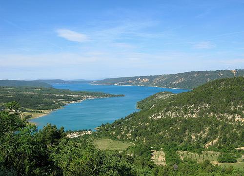 Vue sur le Lac de Sainte-Croix by mistinguette18