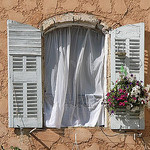 Fenster in Bauduen by CME NOW - Bauduen 83630 Var Provence France