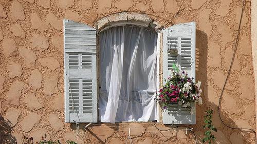 Fenster in Bauduen par CME NOW