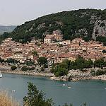 Lac de Sainte Croix et village de Bauduen par Pab2944 - Bauduen 83630 Var Provence France