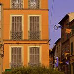 Facade ocre à Brignoles by J@nine - Brignoles 83170 Var Provence France