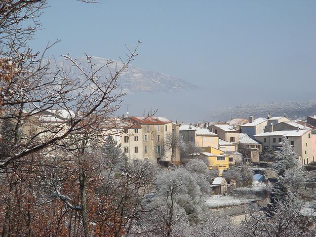 le village de Comps sous la neige (Var - Comps sur Artuby) par csibon43