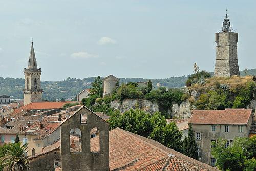 Les toits et clochers de Draguignan by pizzichiniclaudio