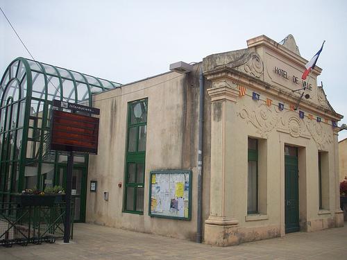 Hôtel de Ville, Flassans-sur-Issole, Var. par Only Tradition