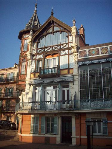 Belle demeure, fin 19ème début 20ème, Hyères, Var. par Only Tradition