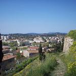 Vue sur La Garde, depuis le Rocher. La Garde, Var. par Only Tradition - La Garde 83130 Var Provence France