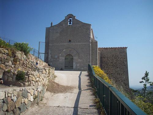 Chapelle du xi me si cle le rocher la garde var la garde var we love provence - La garde var office du tourisme ...