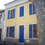 Belle maison, aux couleurs pimpantes. La Garde, Var. par Only Tradition - La Garde 83130 Var Provence France