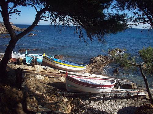 Bateaux en bord de mer, Var. par Only Tradition
