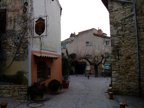 Le Castellet - Var by Vaxjo