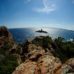 Cap du Dramont... vue sur l'ile d'Or by Zaskars - Le Dramont 83530 Var Provence France
