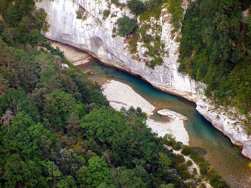 Canyon  - Gorges du Verdon. by nic( o )
