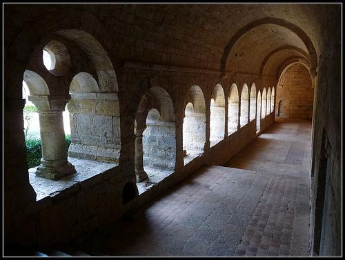 Abbaye du Thoronet : le cloitre par J@nine