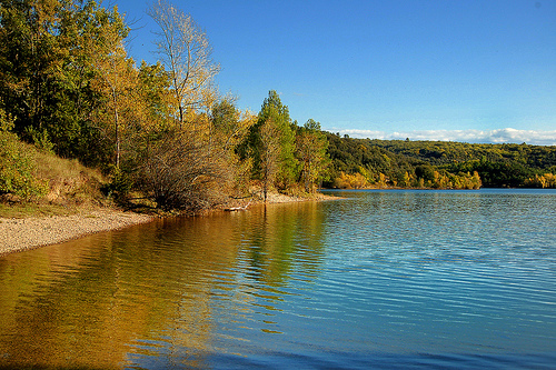 Rivages d'automne - Lac de Sainte-Croix by Charlottess