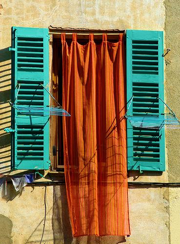 Couleurs affichés à la fenêtre by Morpheus © Schaagen