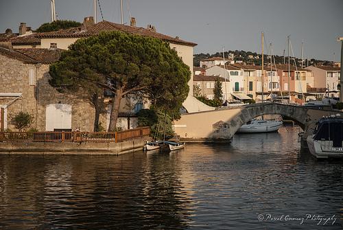 Paysage de Port Grimaud by moudezoreil
