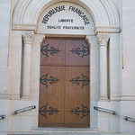 Porche de l'église de Puget-Ville, Var.