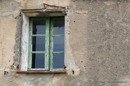 Vieille fenêtre par Niouz