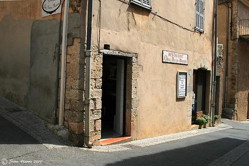 """Restaurant """"Chez Bonne Maman"""", Regusse by saraharris.sh64"""