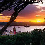 Coucher de soleil sur Saint-Tropez par  - St. Tropez 83990 Var Provence France