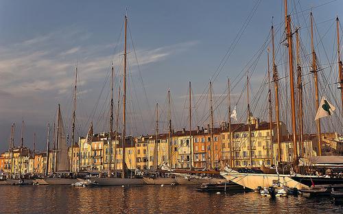 Coucher de soleil sur le port de Saint Tropez par Rideuz'
