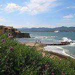 Joli vent sur la plage de la Ponche by myvalleylil1 - St. Tropez 83990 Var Provence France