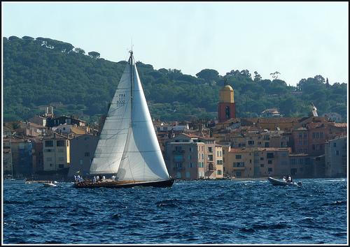 Les voiles de Saint-Tropez : La course se termine.... by myvalleylil1