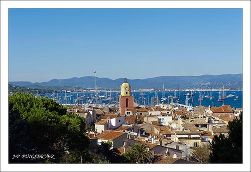 Le clocher mythique de Saint-Tropez par PUIGSERVER JEAN PIERRE