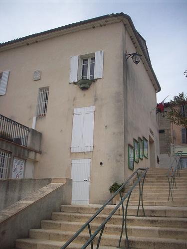 Hôtel de Ville, Sainte-Anastasie-sur-Issole, Var. par Only Tradition