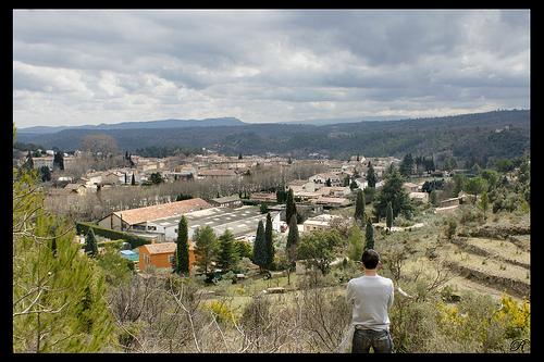 Varages - Perspective sur le village par Renaud Sape