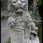 Varages - Statue du Lion de la Foux par Renaud Sape - Varages 83670 Var Provence France