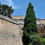Les remparts du Château d'Ansouis par La Enry - Ansouis 84240 Vaucluse Provence France