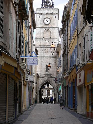 Tour de l'Horloge et la Rue des Marchands by Jean NICOLET