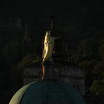 Dôme de la cathédrale St Anne et beffroi à Apt par Rhansenne.photos - Apt 84400 Vaucluse Provence France