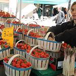 Les bonnes fraises de Carpentras par Yigal Chamish - Apt 84400 Vaucluse Provence France
