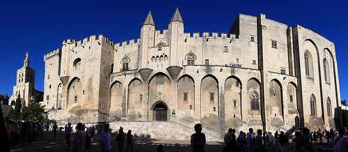 Le Palais des Papes d'Avignon par yom1