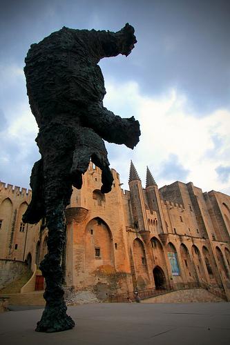 L'éléphant du Palais des Papes par Boccalupo