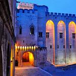 Palais des Papes éclairé, Avignon, France par Laurent2Couesbouc - Avignon 84000 Vaucluse Provence France