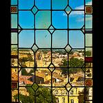 Fenêtre / Vitrail du Palais des Papes  par guillenperez - Avignon 84000 Vaucluse Provence France